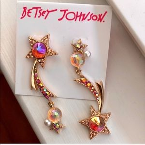 Betsy Johnson gold tone shooting star earrings